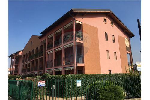 Vai alla scheda: Appartamento Vendita Pregnana Milanese
