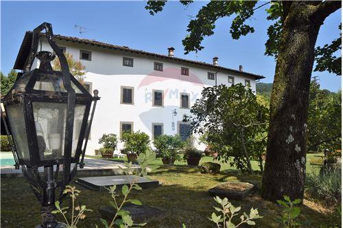 Vai alla scheda: Villa o villino Vendita Bagni di Lucca