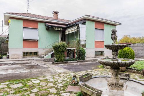 Vai alla scheda: Casa indipendente Vendita Busto Arsizio