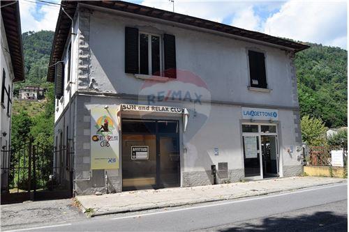 Vai alla scheda: Appartamento Vendita Bagni di Lucca