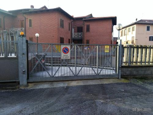 Vai alla scheda: Box / Posto auto Vendita Moncalieri