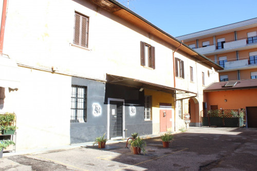 Vai alla scheda: Capannone Industriale Vendita Cassano Magnago