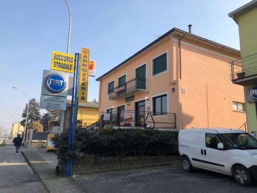 Vai alla scheda: Locale Commerciale Vendita Vescovato