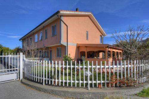 Vai alla scheda: Casa Semindipendente Vendita Vado Ligure