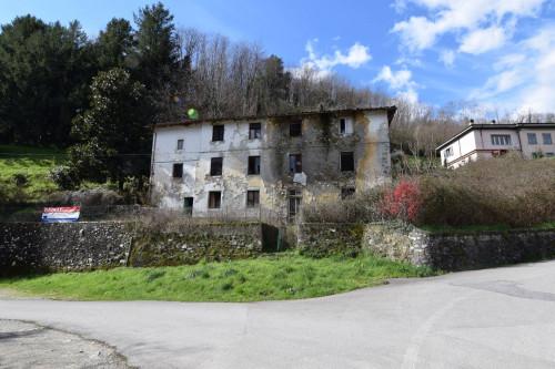 Vai alla scheda: Casa indipendente Vendita Bagni di Lucca