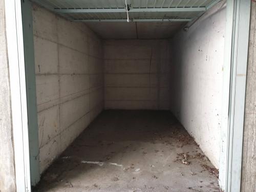Vai alla scheda: Box / Posto auto Vendita Nichelino