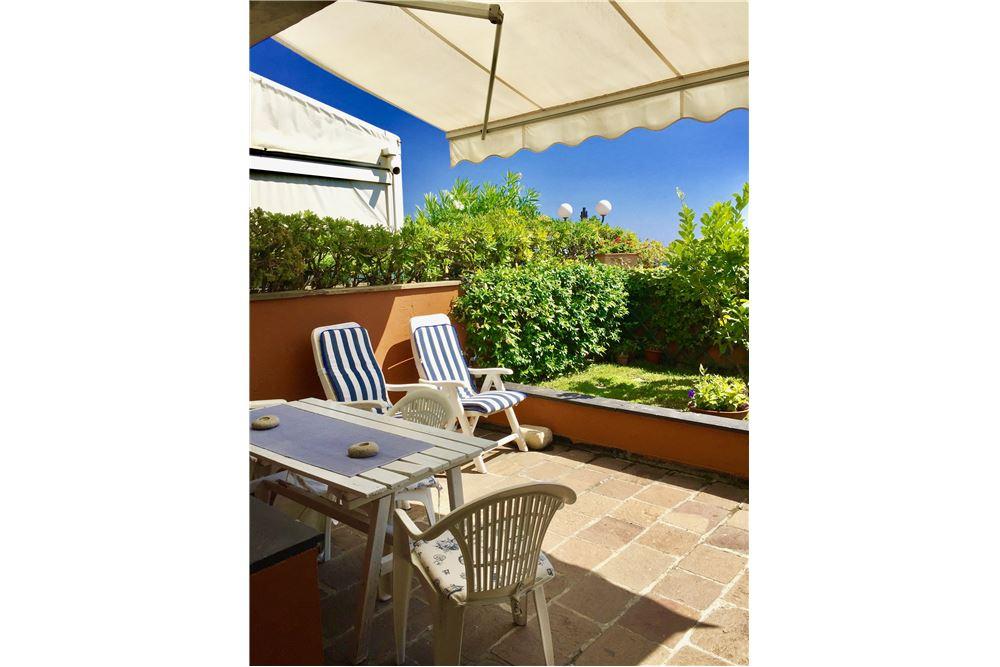 Appartamento in vendita a Arenzano, 2 locali, zona Località: PinetadiArenzano, prezzo € 260.000 | CambioCasa.it