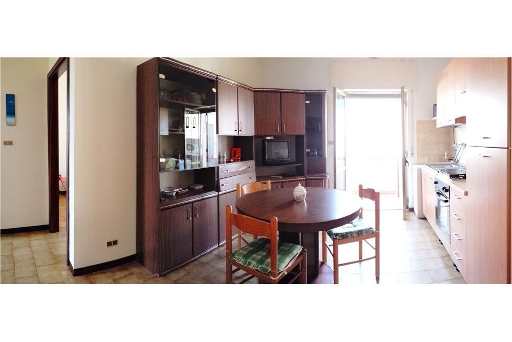 Appartamento in vendita a Ginosa, 3 locali, zona Località: MarinadiGinosa, prezzo € 80.000 | CambioCasa.it