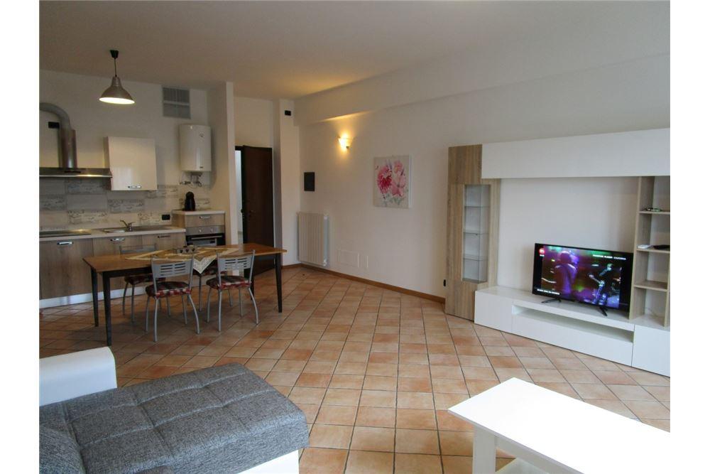 Appartamento in vendita a Manerba del Garda, 3 locali, prezzo € 135.000 | CambioCasa.it