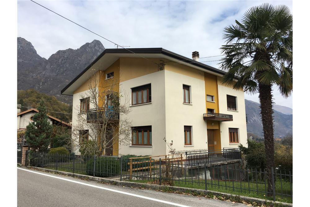 Appartamento in vendita a Sospirolo, 7 locali, prezzo € 125.000 | CambioCasa.it