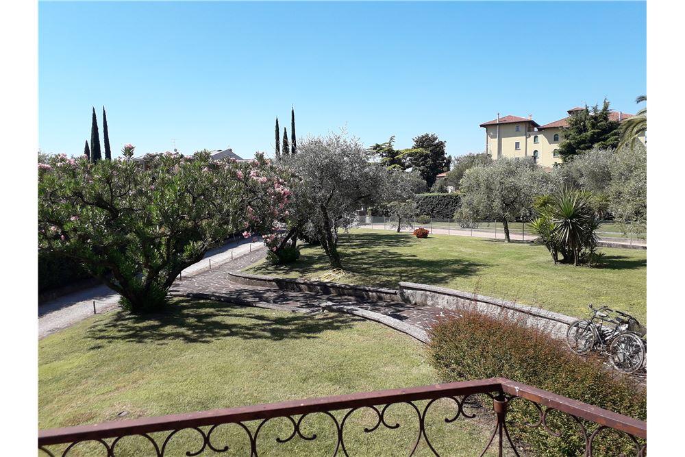Appartamento in vendita a Toscolano-Maderno, 2 locali, zona Zona: Maderno, prezzo € 158.000 | CambioCasa.it