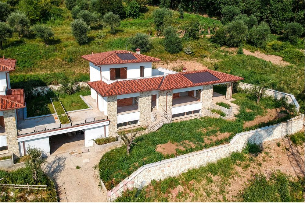 Villa in Vendita a Gavardo