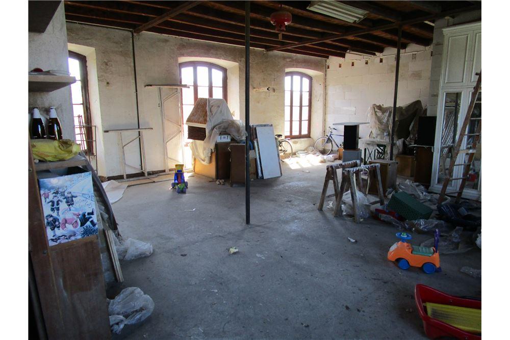 Rustico / Casale in Vendita a Inverigo