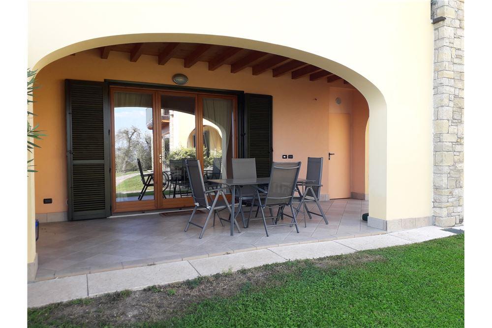 Appartamento in vendita a Toscolano-Maderno, 2 locali, zona Località: MonteMaderno, prezzo € 221.000 | CambioCasa.it