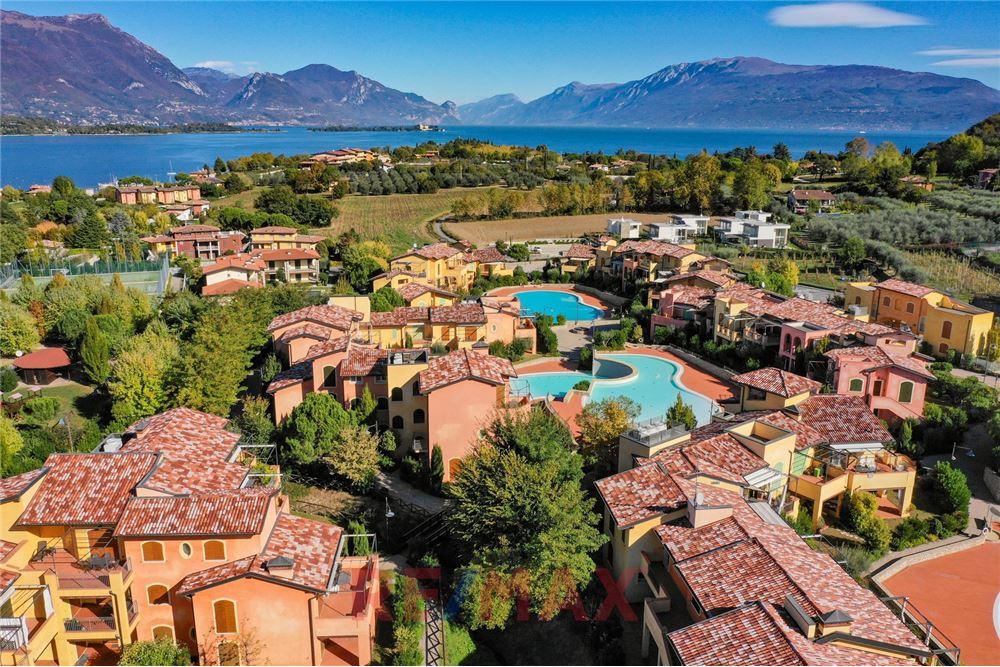 Appartamento in vendita a Manerba del Garda, 3 locali, prezzo € 223.000 | CambioCasa.it