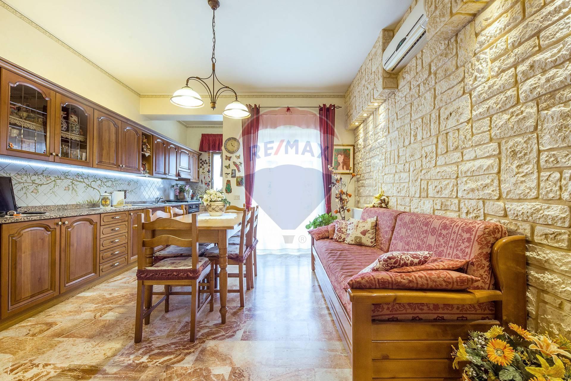Appartamento BELPASSO vendita    RE/MAX City Home
