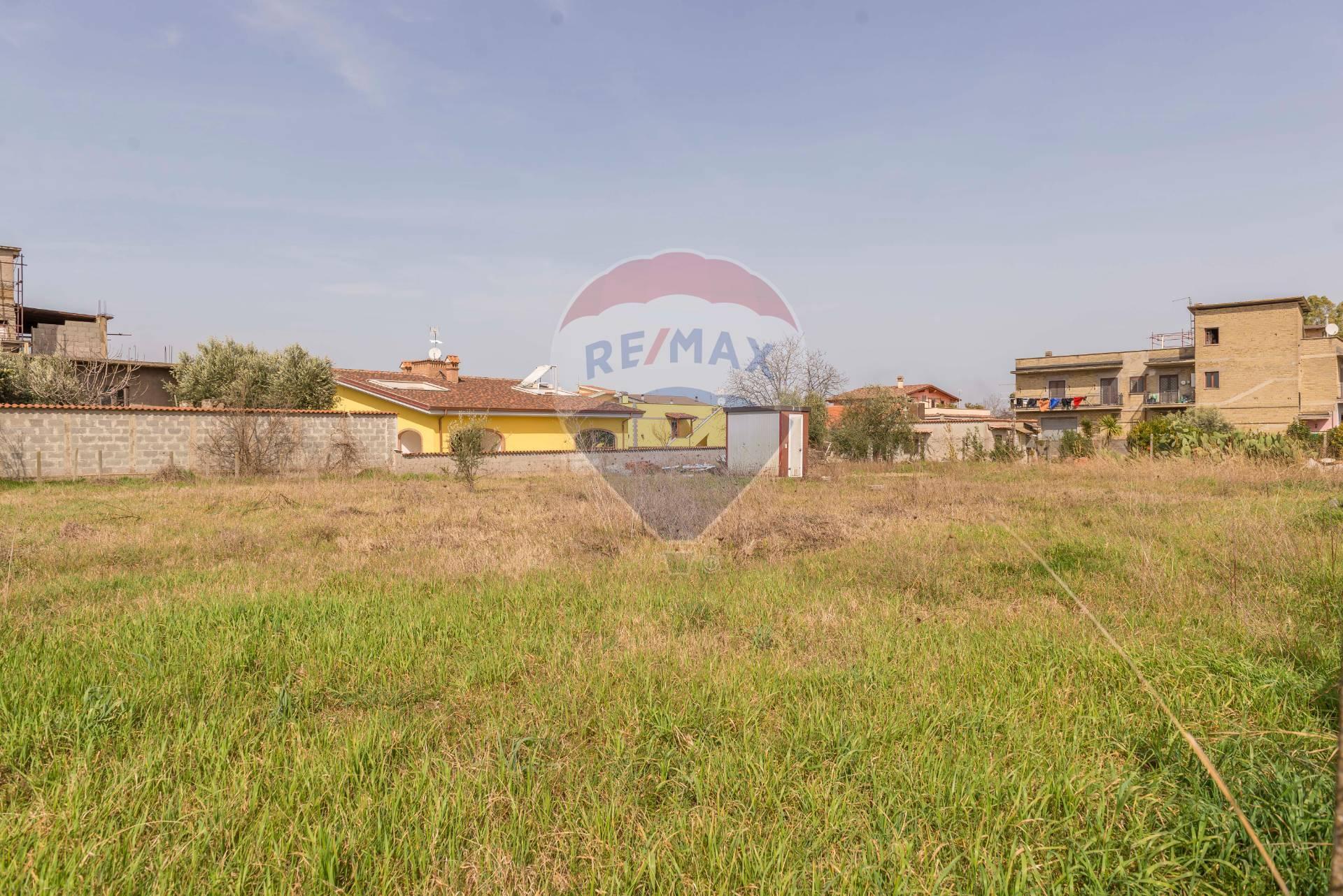 roma vendita quart: roma - prato fiorito - colle del sole re-max-opzione-casa