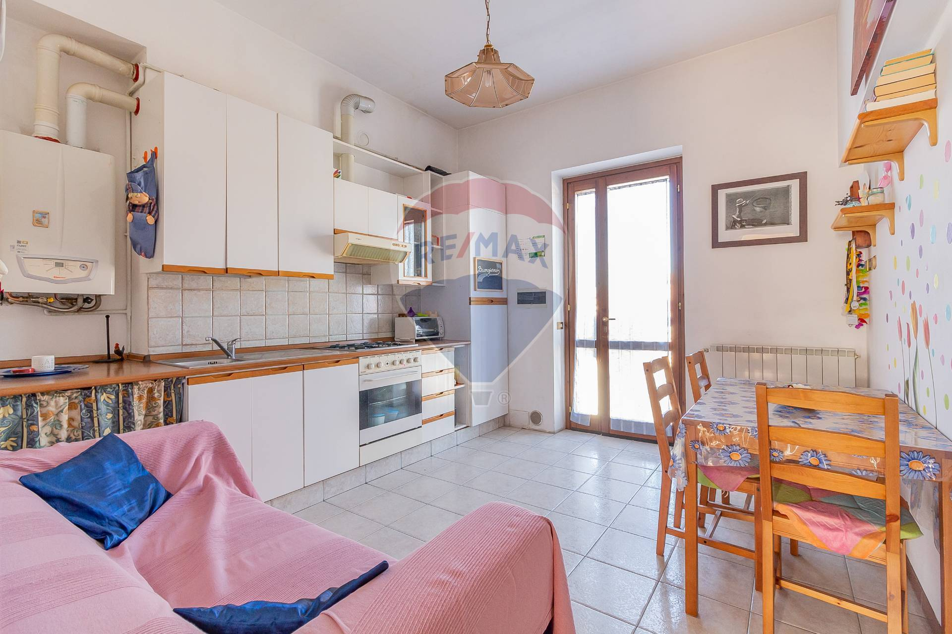 Appartamento in vendita via Luigi Ripamonti Busnago