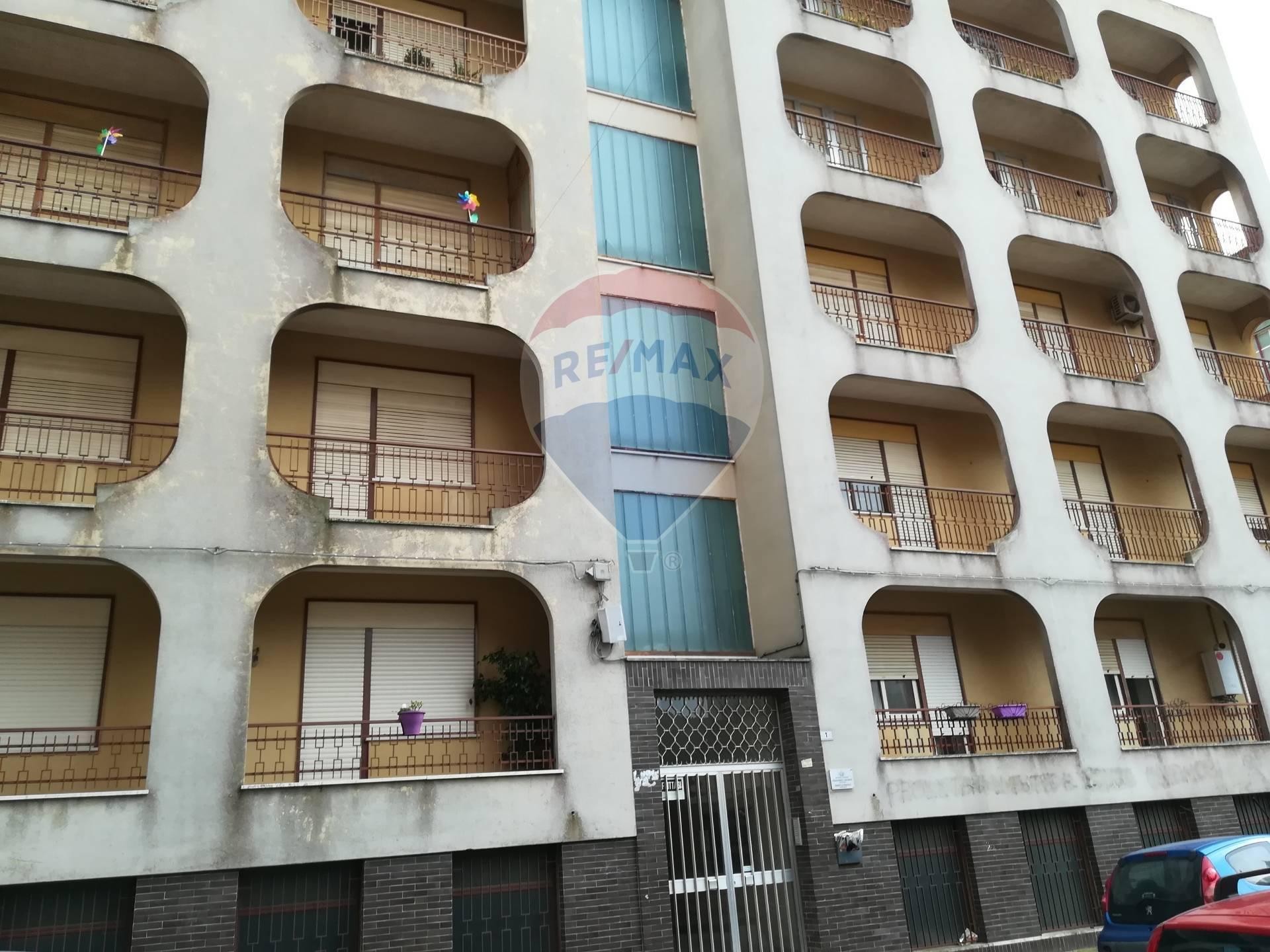 caltagirone vendita quart:  re/max city home