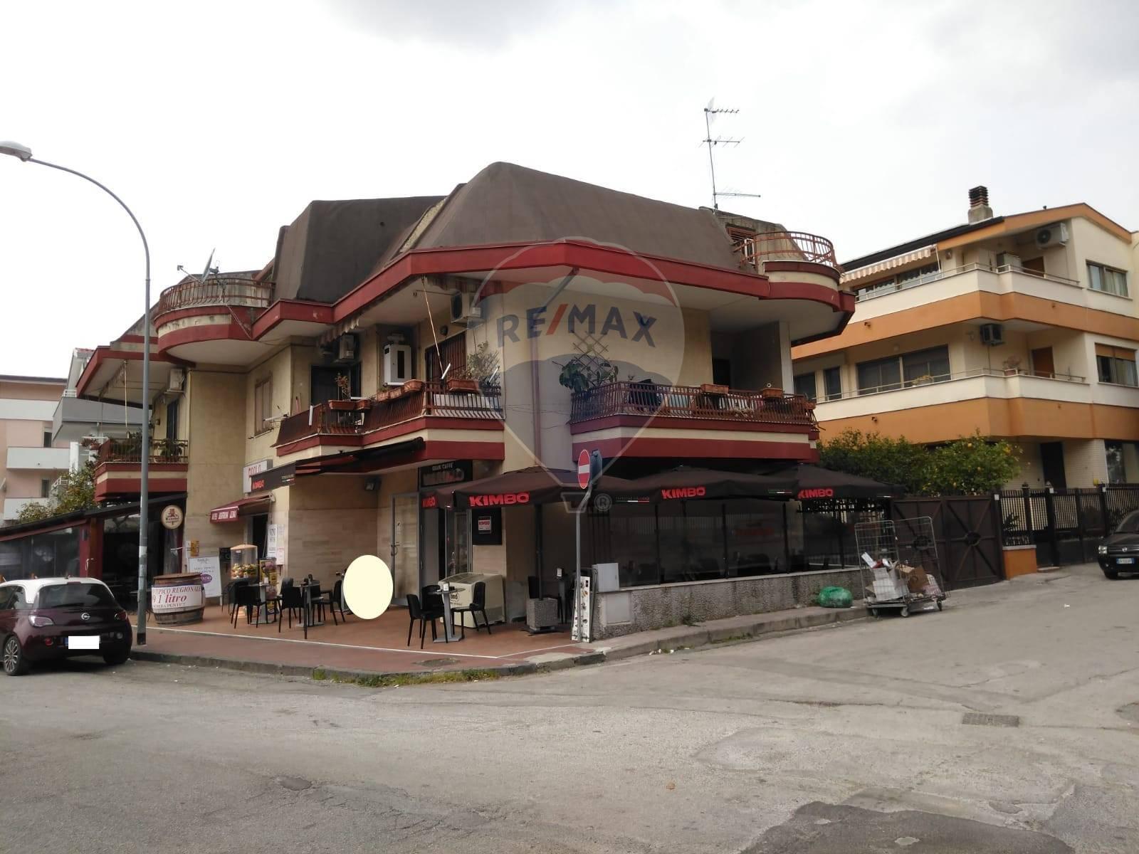 Negozio / Locale in affitto a Caserta, 9999 locali, zona Località: Caserta2(Centuriano, prezzo € 400 | CambioCasa.it