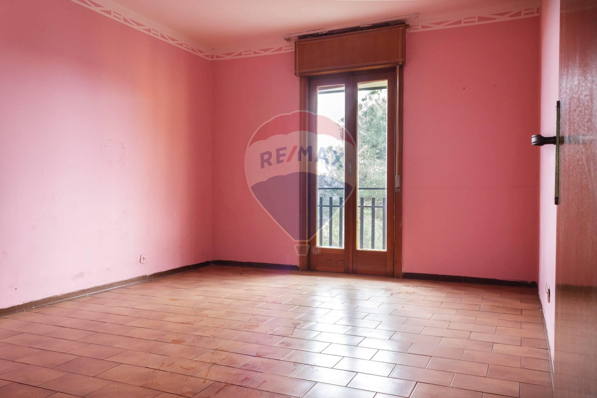 Appartamento in vendita via rosso di san secondo Aci Sant'Antonio