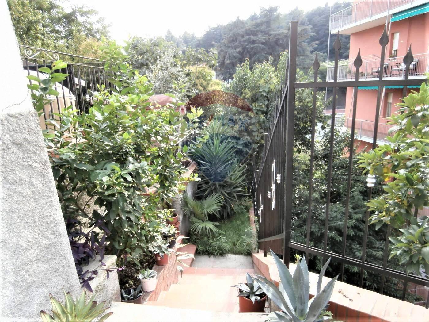 Villa in Vendita a Campomorone