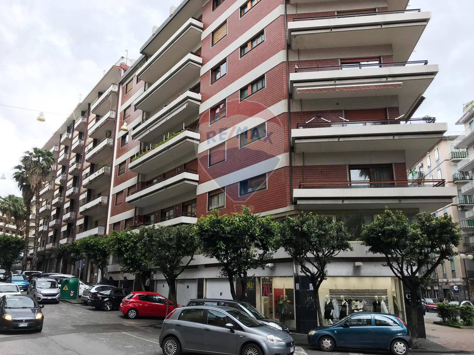 salerno vendita quart: irno re-max-incentro