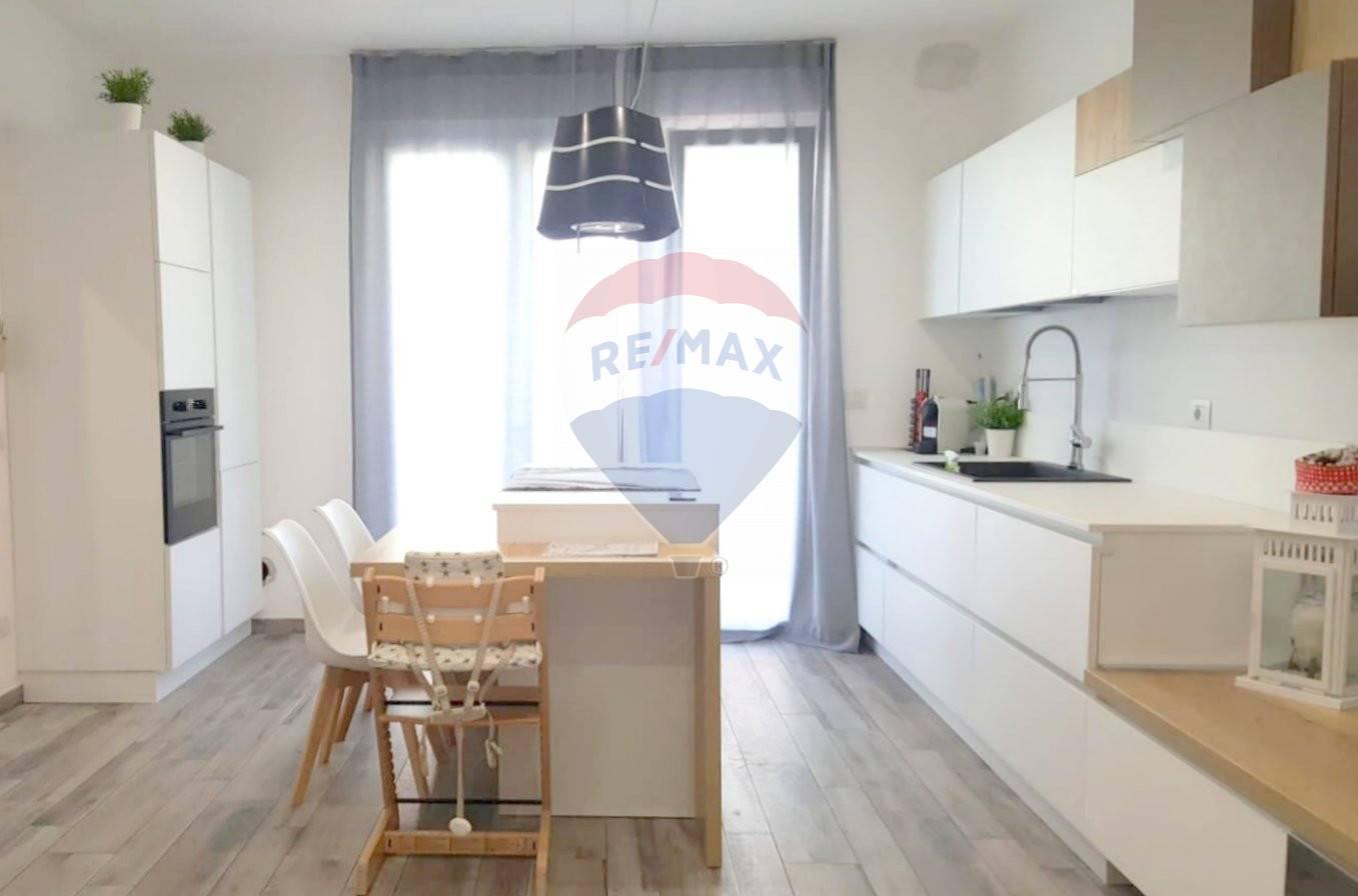 livorno vendita quart:  re-max-premiere