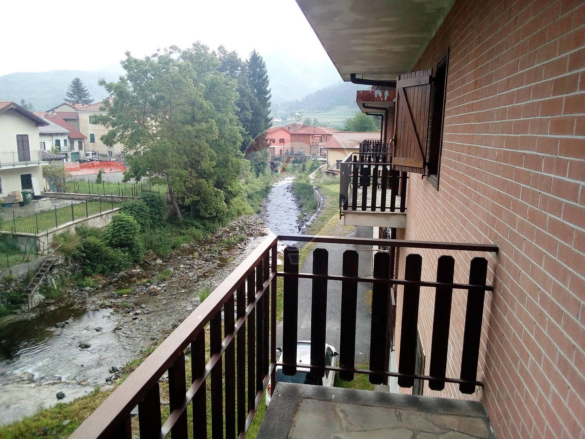 Foto 1 di Appartamento Via Giovanni Battista Pera, Calizzano