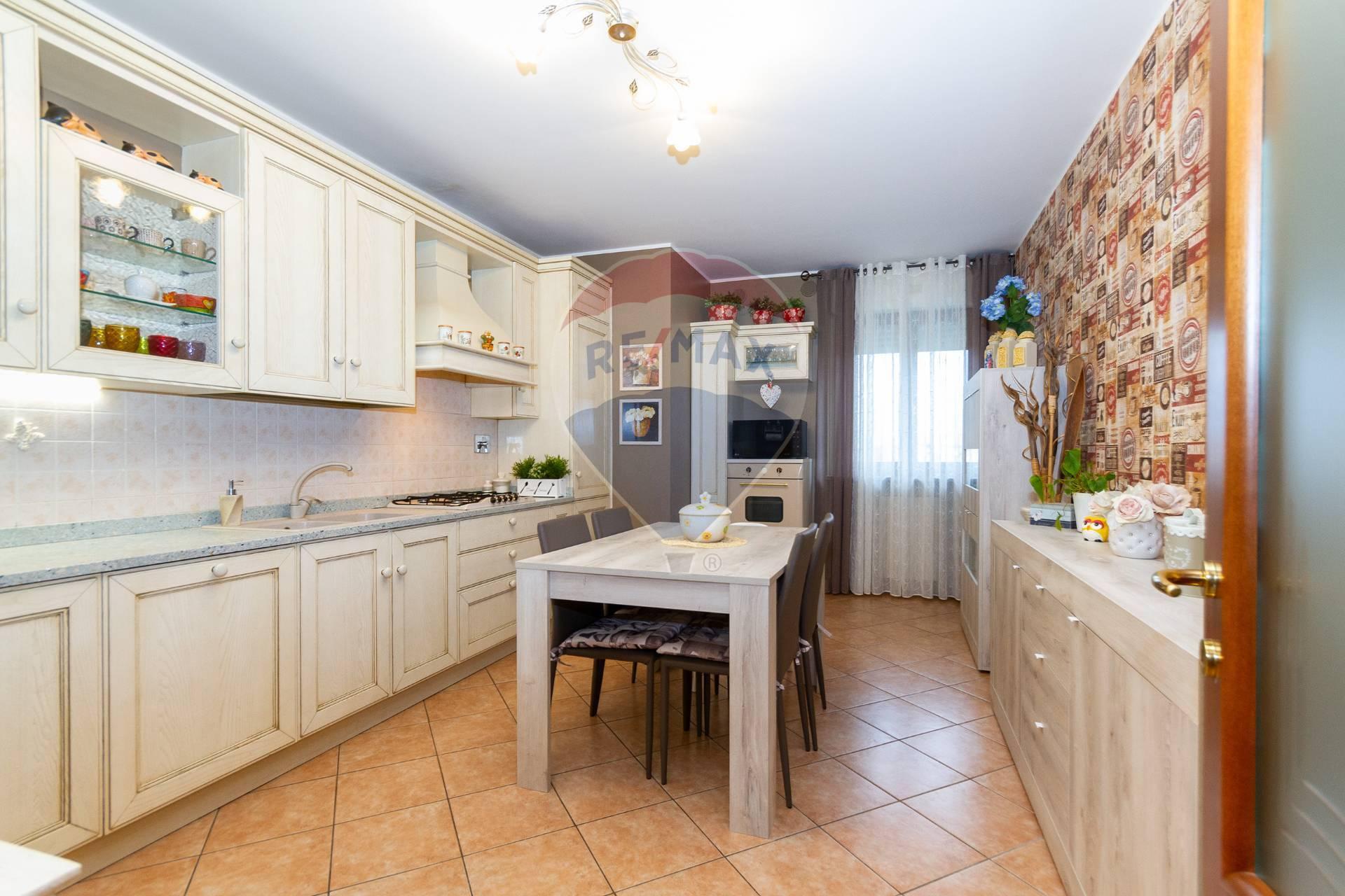 Appartamento in vendita VIA STOPPANI Piossasco