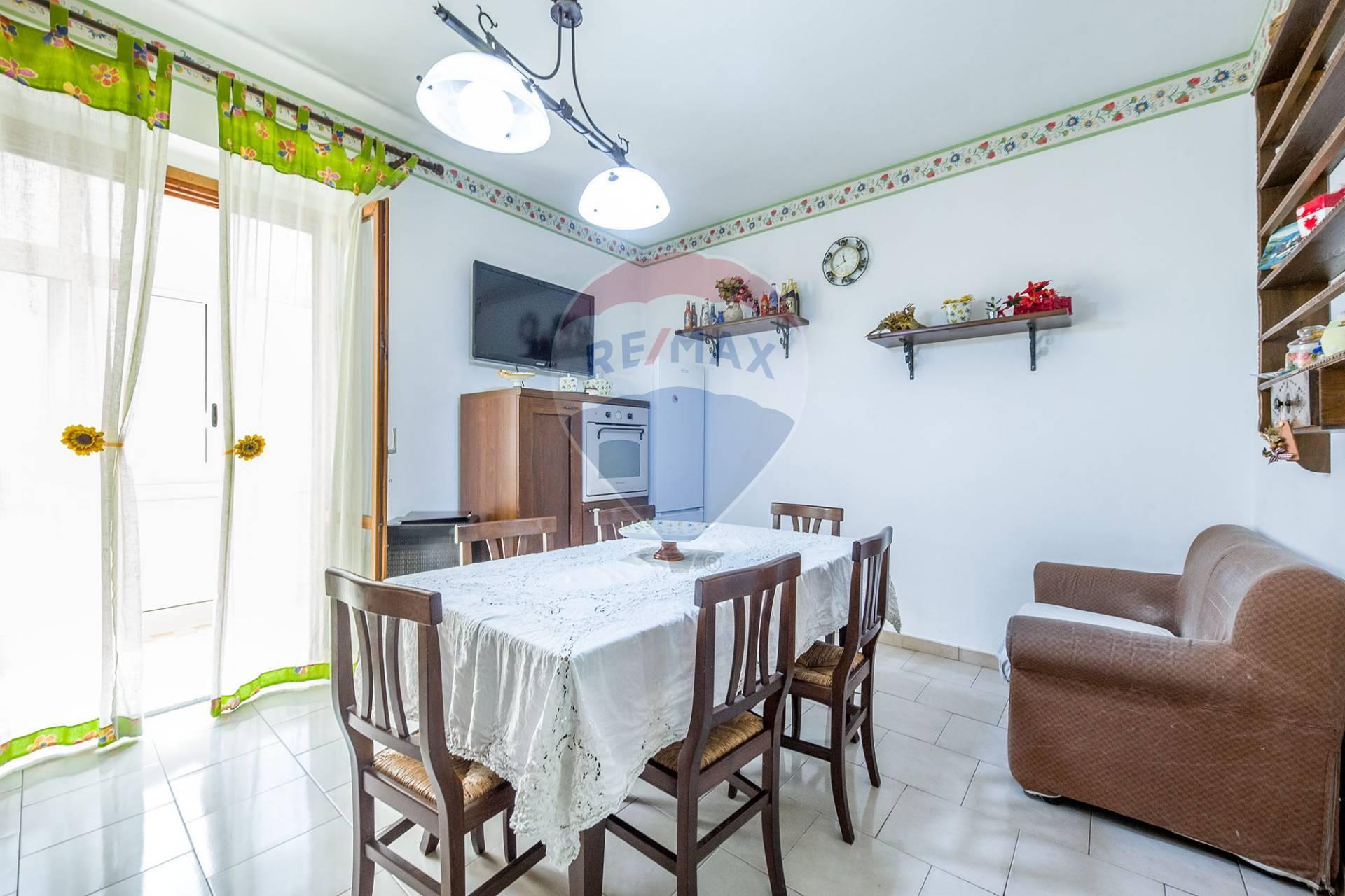 Appartamento in vendita Via delle Sciare Aci Sant'Antonio