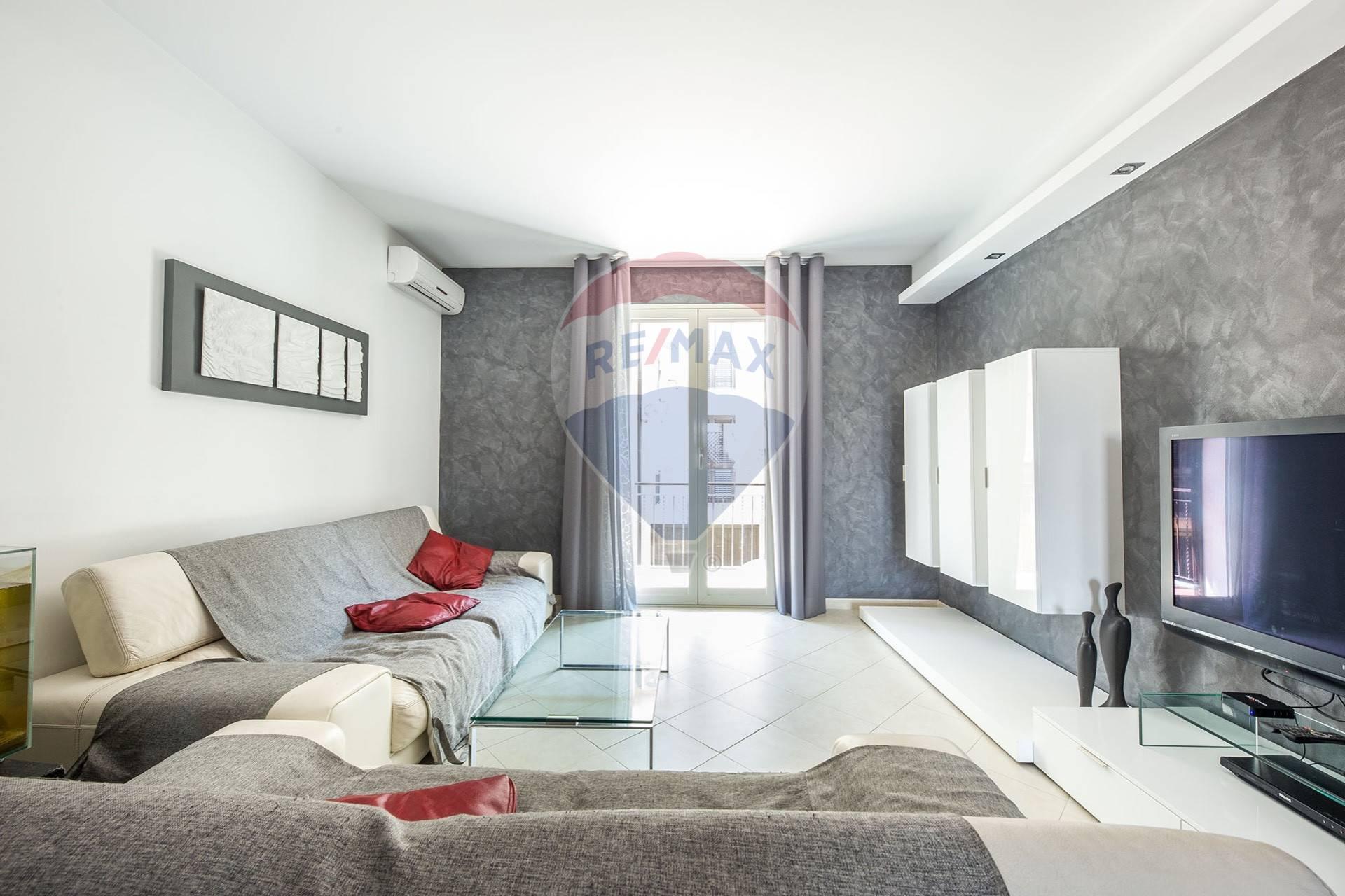 belpasso vendita quart: piano tavola re/max city home