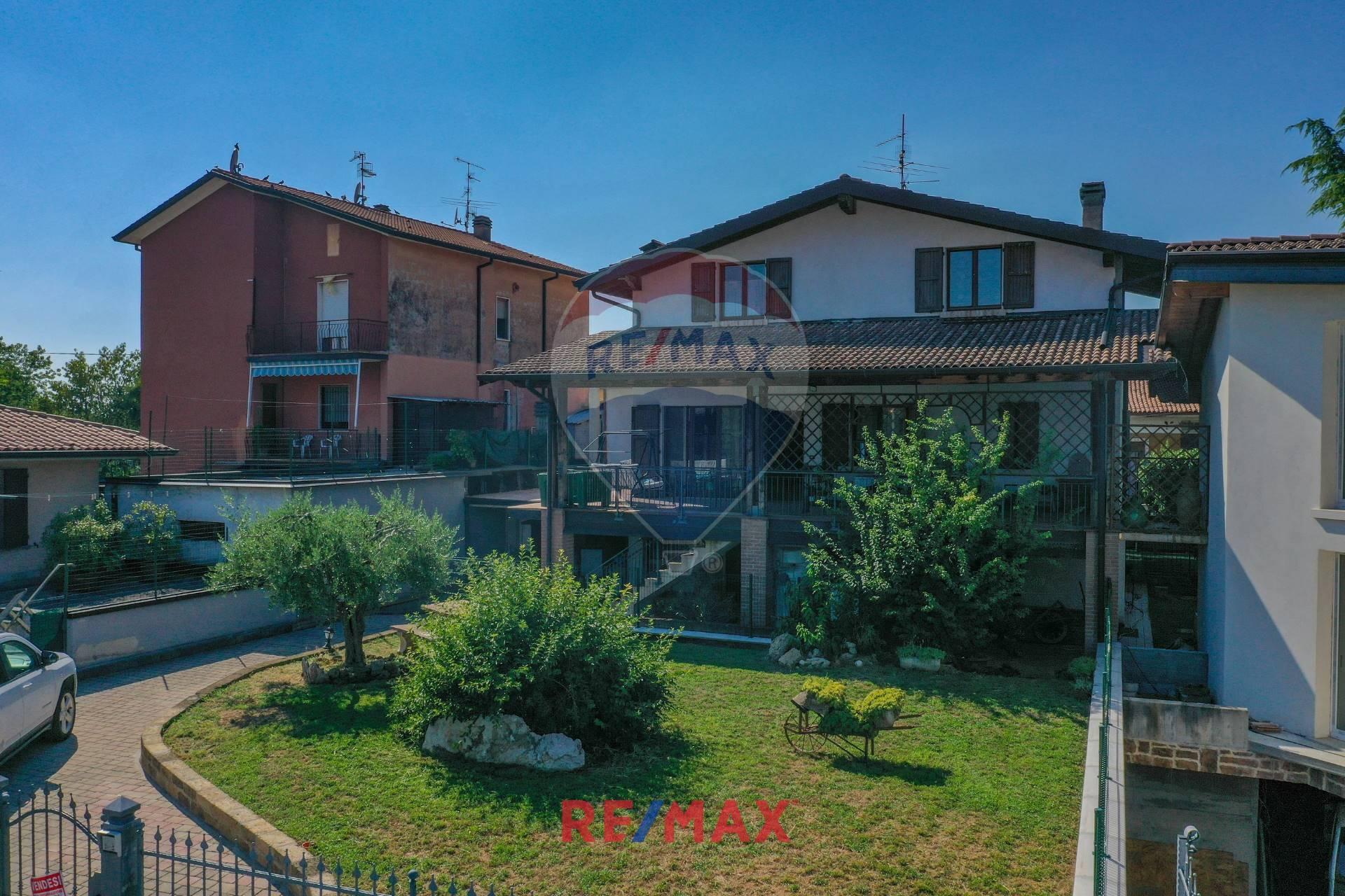 Villa Bifamiliare in vendita a Bedizzole, 6 locali, prezzo € 299.000   PortaleAgenzieImmobiliari.it