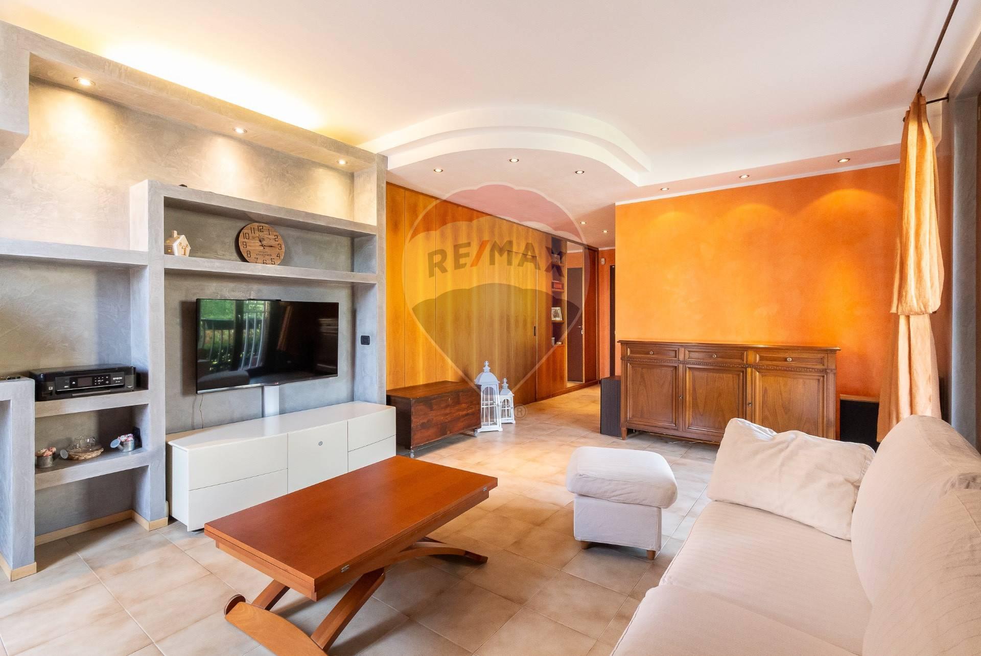 Appartamento in vendita Via Giacomo Matteotti Agrate Brianza
