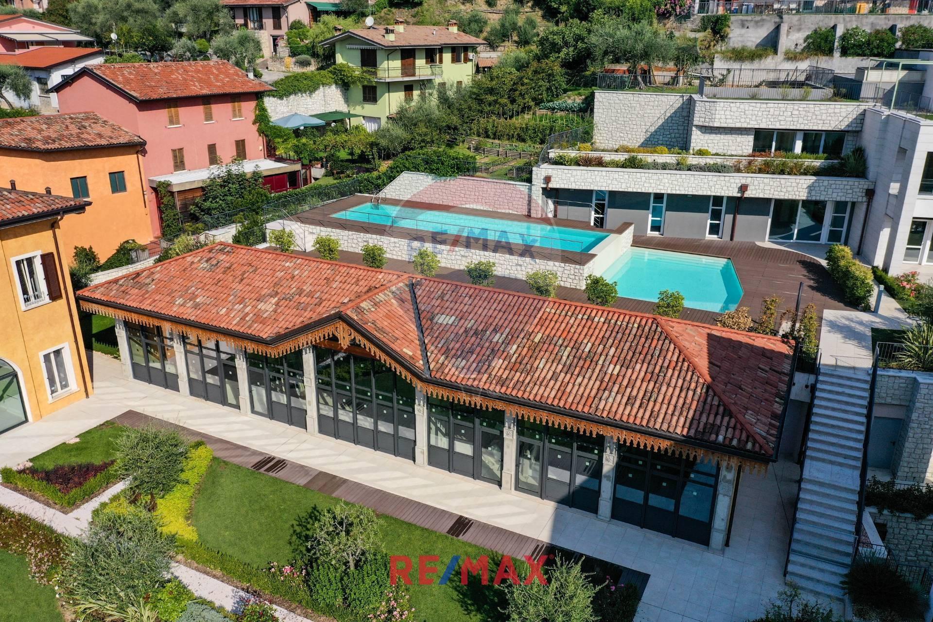 Appartamento in vendita a Salò, 3 locali, prezzo € 415.000 | CambioCasa.it