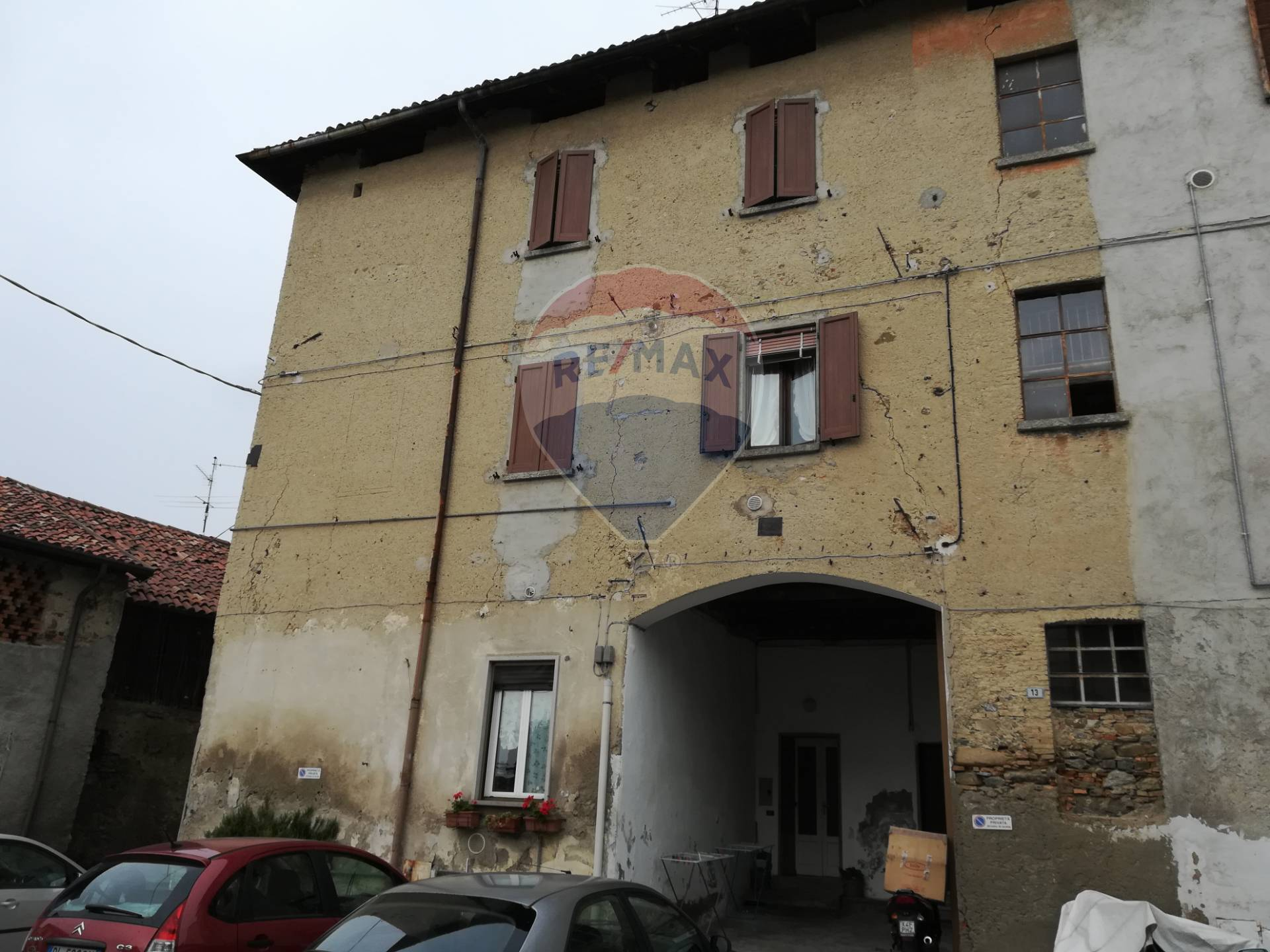 Appartamento in vendita via XXIV Maggio Barzanò