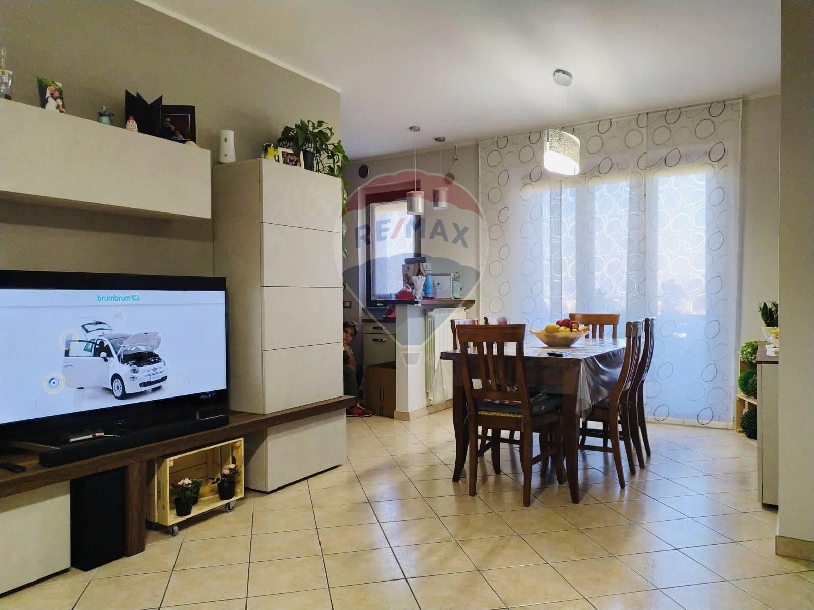 Appartamento in vendita a Atessa, 7 locali, zona Zona: Montemarcone, prezzo € 120.000 | CambioCasa.it