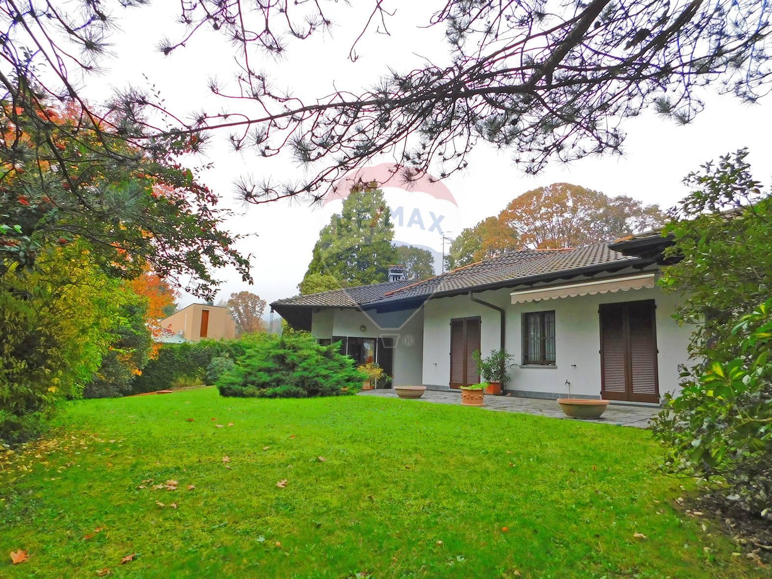 Villa in vendita a Luvinate, 11 locali, zona Località: ilCastello, prezzo € 790.000 | CambioCasa.it
