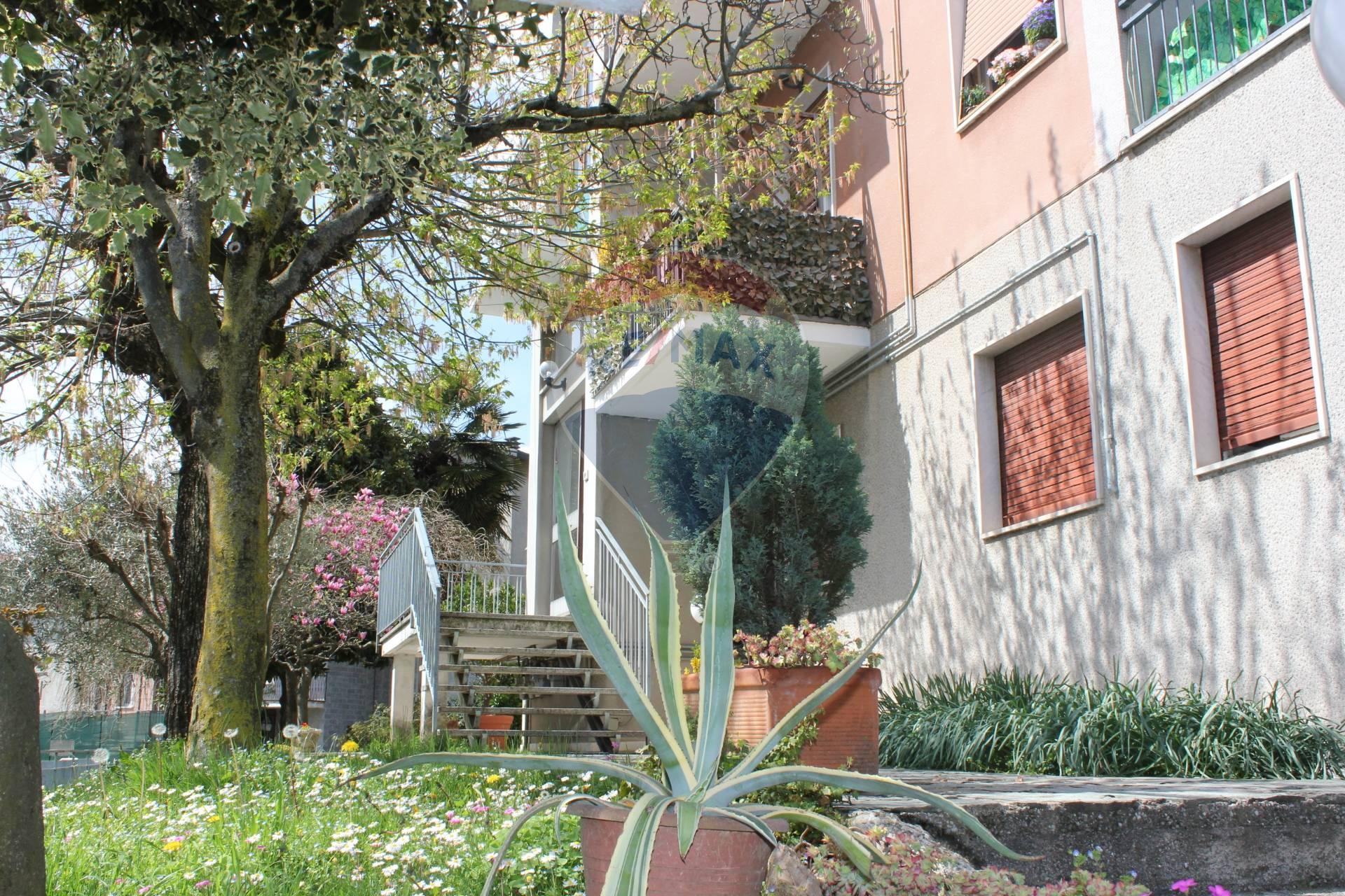 Appartamento in vendita via belvedere Besana in Brianza
