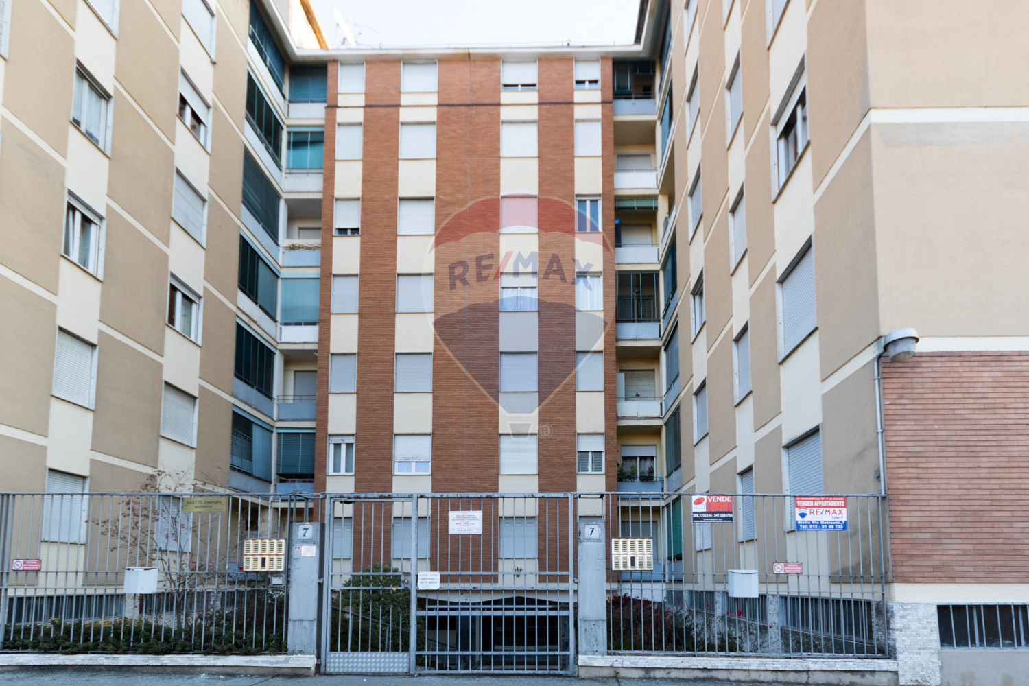 biella vendita quart: semicentro re-max-unit