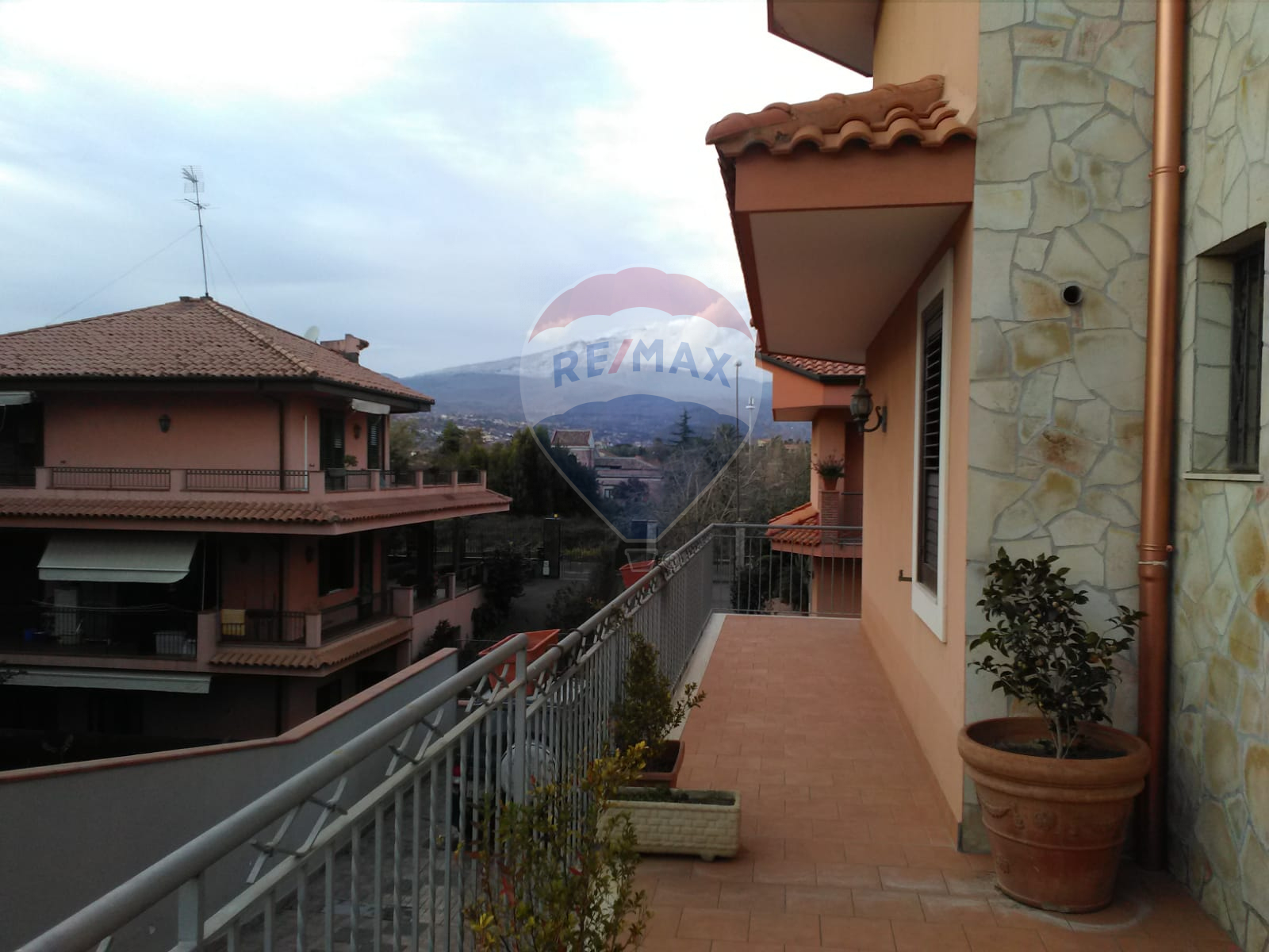 Villa VALVERDE vendita    RE/MAX Casa Trend