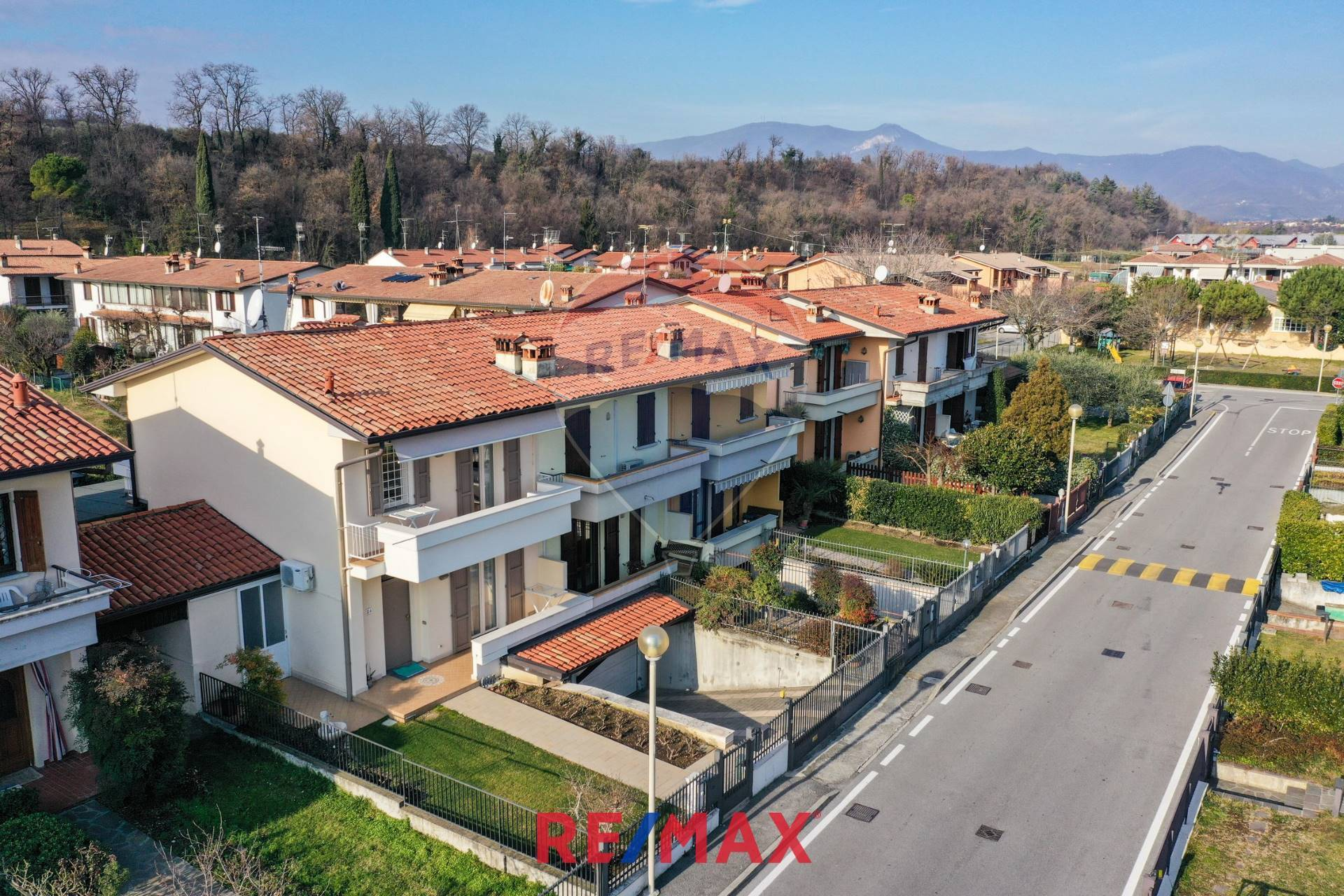 Villa a Schiera in vendita a Puegnago sul Garda, 5 locali, zona a, prezzo € 285.000 | PortaleAgenzieImmobiliari.it