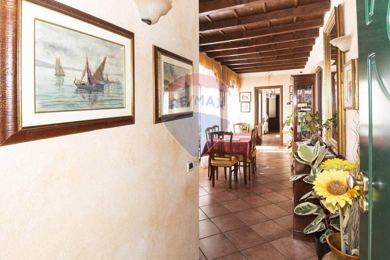 Vendita Trilocale Appartamento Cocquio-Trevisago 232194