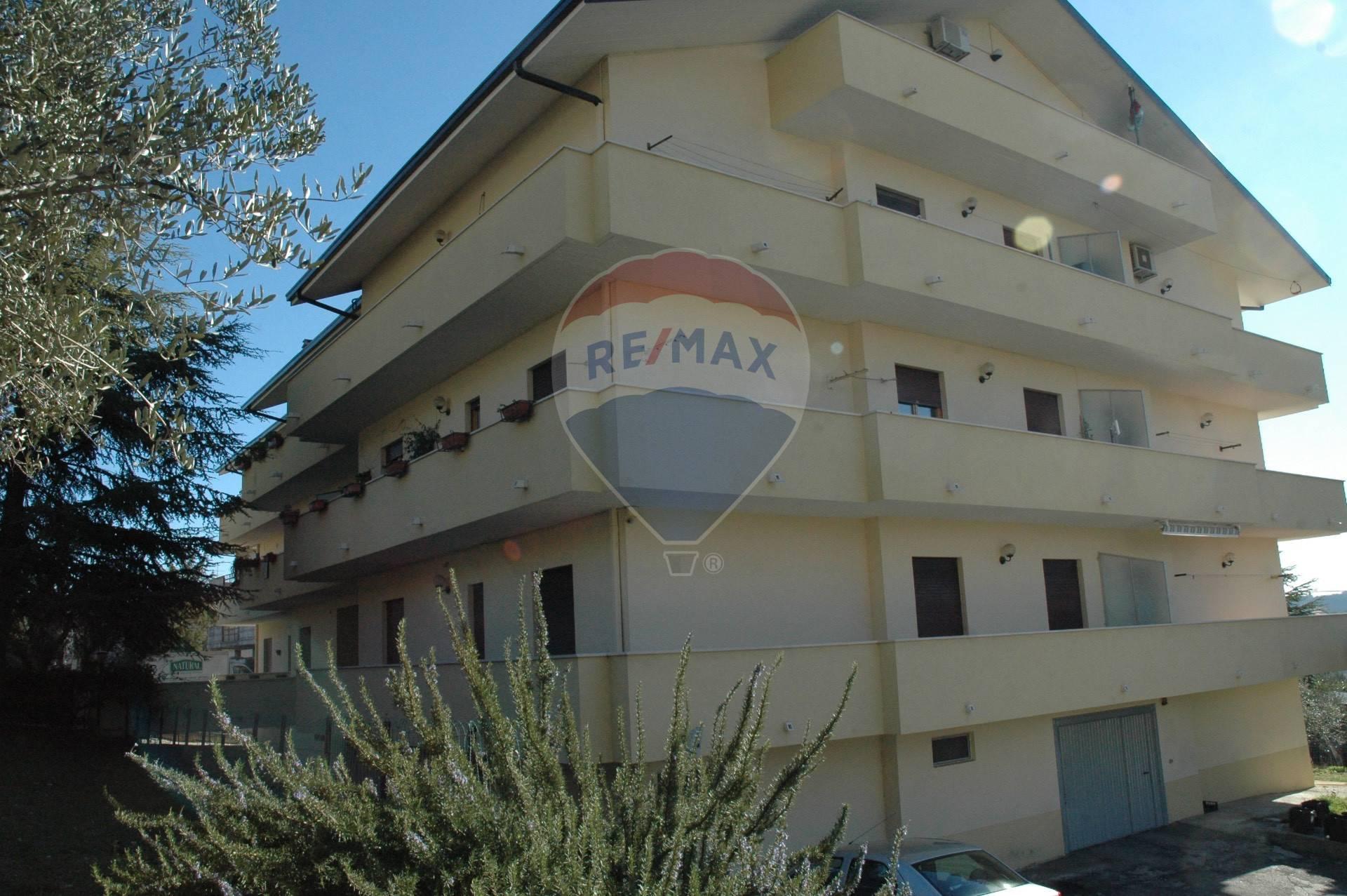Appartamento in vendita a Bucchianico, 4 locali, prezzo € 95.000 | CambioCasa.it