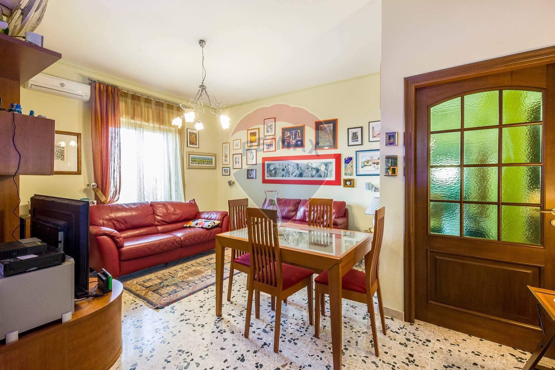 valverde vendita quart:  re/max city home
