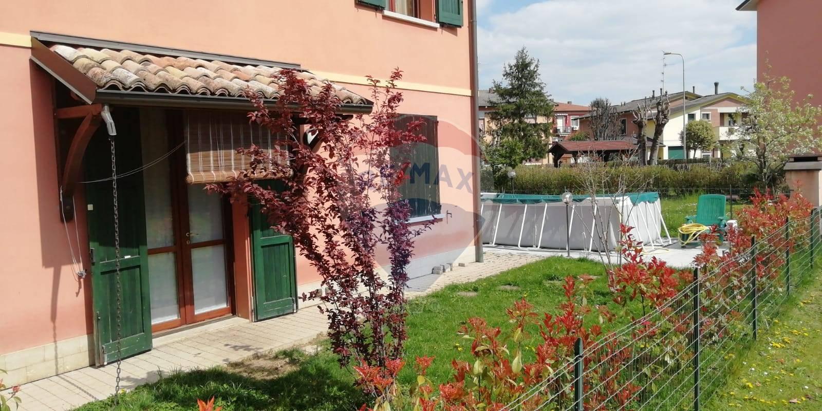 Appartamento in vendita a Sant'Ilario d'Enza, 3 locali, zona Zona: Calerno, prezzo € 140.000 | CambioCasa.it