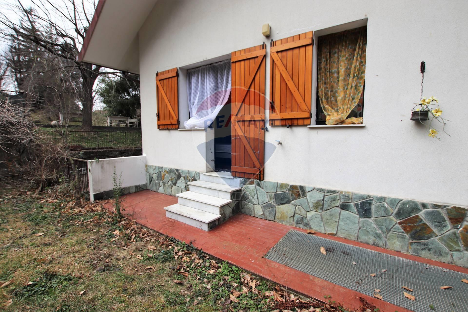 Appartamento in affitto a Urbe, 3 locali, zona Località: SanPietro, prezzo € 230 | CambioCasa.it