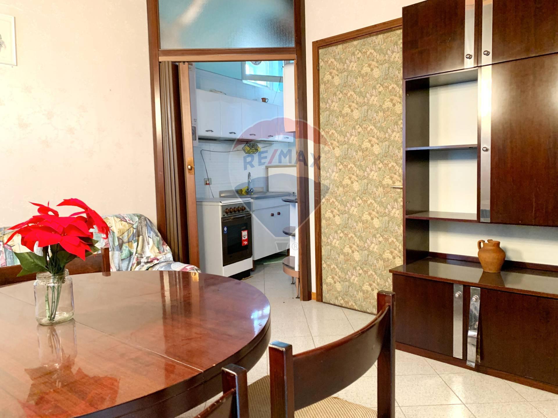 Appartamento in vendita a Salò, 2 locali, prezzo € 130.000   CambioCasa.it