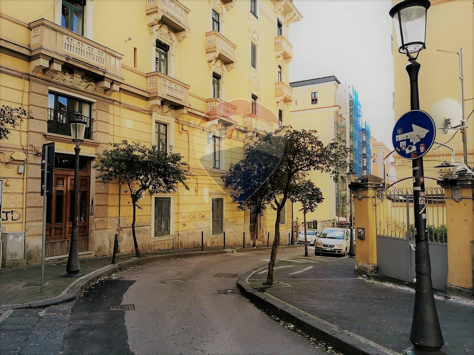 Appartamento, 70 Mq, Vendita - Salerno (Salerno)