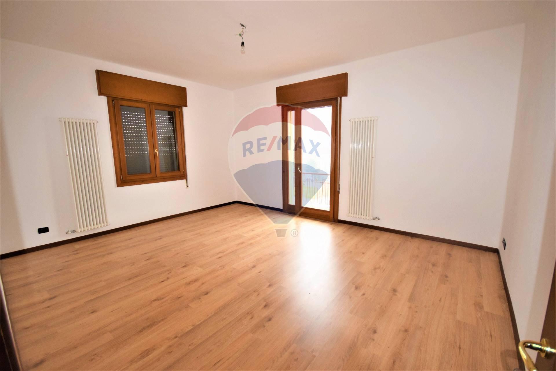 Appartamento, 100 Mq, Vendita - Vicenza (Vicenza)